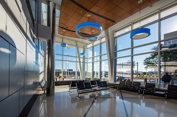 Milwaukee airport (MKE)